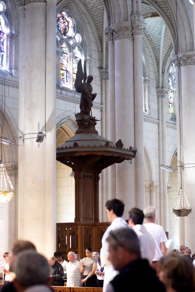 Pères de famille au sanctuaire Notre-Dame de Montligoen
