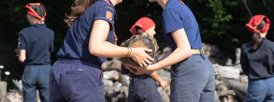Service de bois pour les guides Unitaires de France de Dieppe