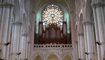 Les petits Chanteurs de Saint-François de Versailles sont à Montligeon !