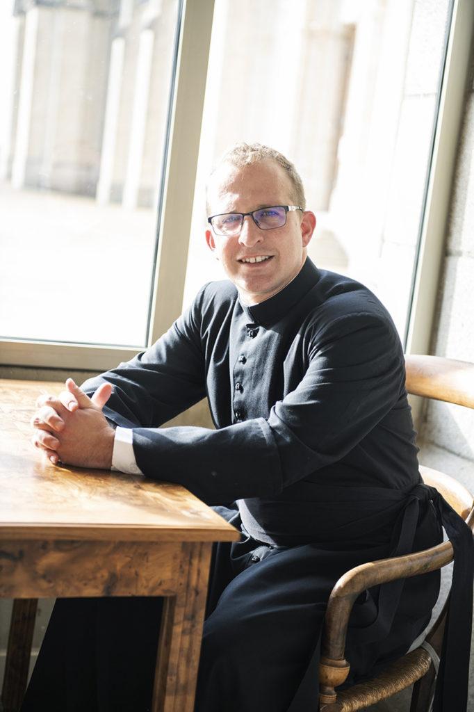 Don Paul Denizot « Tout ce que je fais ici-bas prépare mon éternité » (Magazine Le Pèlerin)