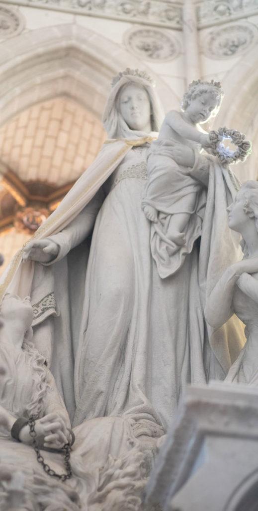 Prière à Notre-Dame de Montligeon
