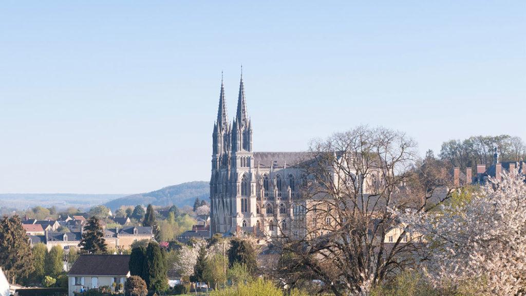 Sanctuaire de Motligeon, la cathédrale dans les champs