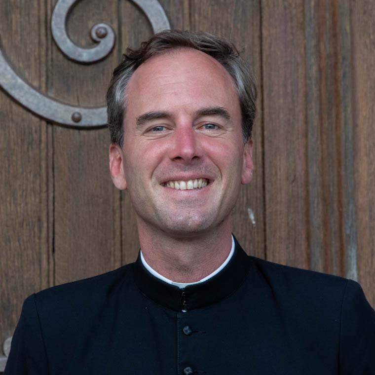 don Alban Dyèvre, chapelain au sanctuaire Notre-Dame de Montligeon