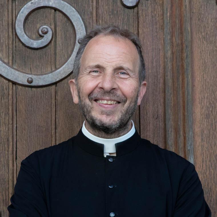 Don Martin Viviès, chapelain au sanctuaire Notre-Dame de Montligeon